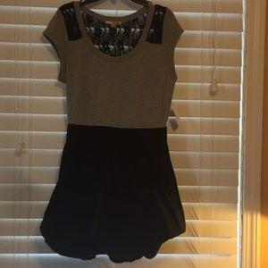 Dresses & Skirts - Black/gray dress